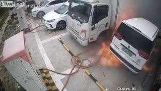 電気自動車の火災