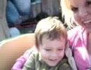 初めてジェットコースターに乗った子供の反応