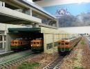 鉄道模型 ライブリー・スペース和での165系湘南色のNゲージ走行動画